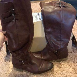 Burgundy rider boots